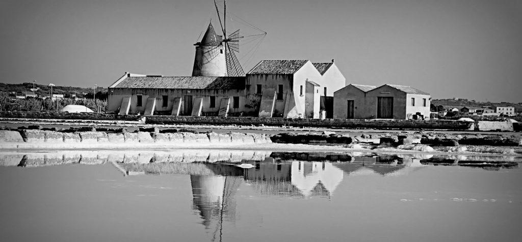 Fotografia Mulino Saline della laguna Marsala Sicilia