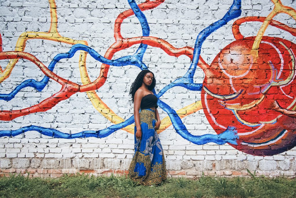 ragazza di colore in fotografia fashion a Torino